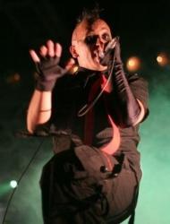 Hocico - A Traves De Mundos Que Arden (2006)