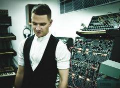 Адам Андерсон (Hurts): Наши демо звучали как Nine Inch Nails